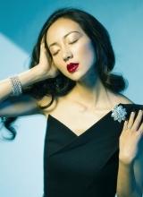 韓雪冷艷紅唇搶鏡  為珠寶拍時尚大片