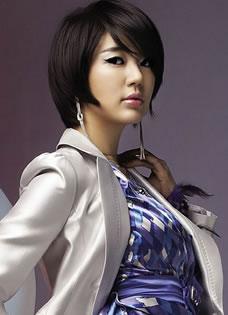 百變時尚女郎尹恩惠寫真 OL氣質散發熟女魅力