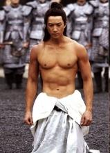 新男色时代 那些性感秀肌肉的男星大盘点