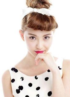 周杰伦新娘昆凌写真美图 18岁嫩模性感引诱