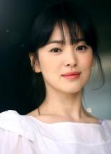 宋慧乔拍写真气质纯美清淡如菊