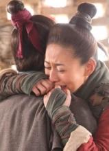 巾帼大将军曝新照 花木兰江若琳与父感人重逢