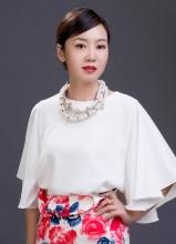 一仆二主定妆照曝光 闫妮饰演白金剩女
