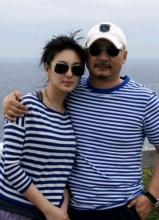 张雨绮王全安情侣装出海庆结婚周年