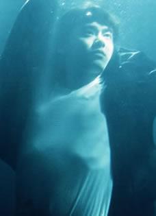 《盗墓笔记》李易峰先导预告片 气氛诡异画面悬疑