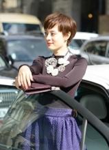 孫儷紫色套裙驚艷巴黎時裝周