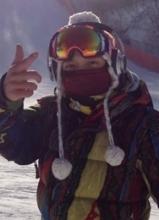 CNBLUE郑容和公开滑雪视频 为粉丝解暑