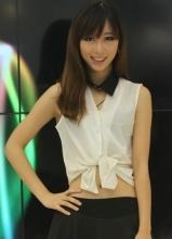 CJ美眉 展台惊现大眼美女酷似林志玲