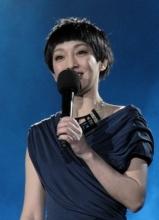 周迅献唱深圳卫视跨年音乐季