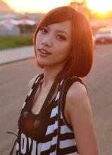 林俊杰嫩模女友陈立冷近照秀好肌肤