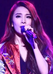 田馥甄上海如果巡回演唱会高清舞台照
