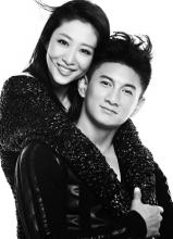 吴奇隆刘思彤黑白时尚写真大片