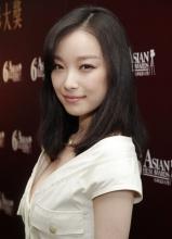 2012倪妮《金陵》最佳新人奖接受记者采访