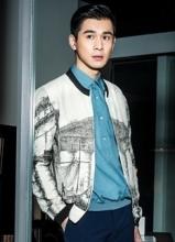 乔振宇全新运动写真 时尚休闲大秀长腿