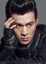 乔振宇全新时尚写真 机车型男酷帅来袭