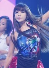 M Countdown2NE1强势夺冠
