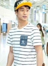 金秀贤是帽子控 帅气造型大盘点