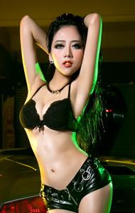 黑色套装性感美女车模 高贵冷傲