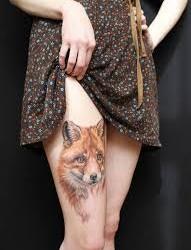 腿部漂亮的狐狸头纹身