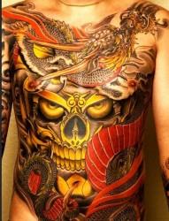 推荐一幅霸气的嘎巴拉龙纹身图片