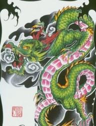 半甲霸气彩色龙纹身手稿图片