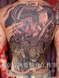 滿背紅色二郎神楊戩刺青作品