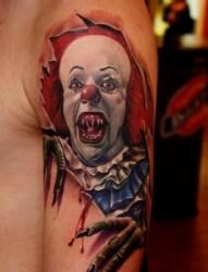 非常独特的小丑纹身