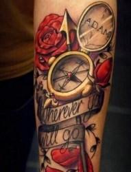 非常漂亮的小臂指南针刺青