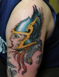 肌肉男手臂威武将军纹身图片