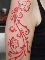 极致挑战 割肉纹身