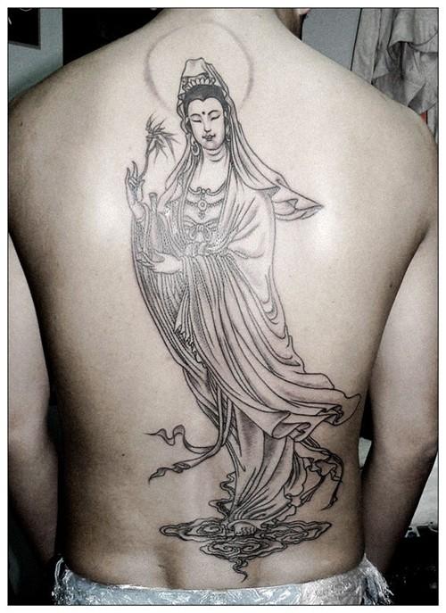 点击大图看下一张:经典菩萨纹身 手稿欣赏
