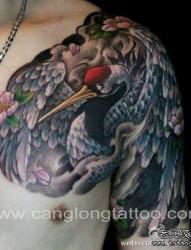 时尚很帅的半甲仙鹤丹顶鹤纹身图片图片作品