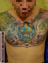 男士经典半甲胸纹身
