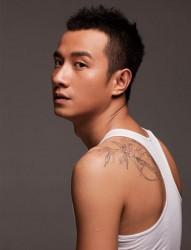 经典竹子后背纹身