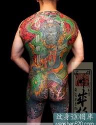 男性满后背日本不动明王纹身作品