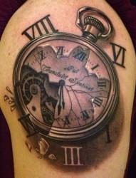 个性经典时钟纹身