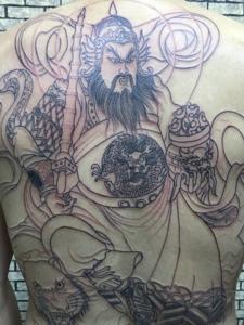 满背黑白财神纹身图案个性威武