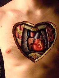 十分闪眼的彩色3d爱心图案纹身