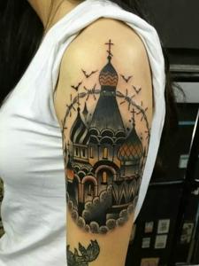 豪华城堡大臂纹身图片显高大