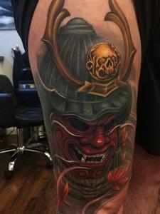 重口味的大腿邪恶图腾纹身图案