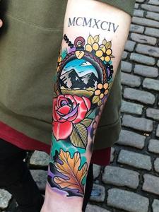 英式校园风花式纹身图片