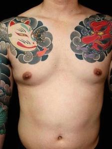 一组非常精彩的完美双半甲纹身图案