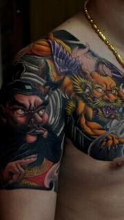霸气的钟馗半甲纹身图案