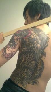 陈旭个性主流纹身
