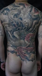 满背好看的凤凰佛祖纹身