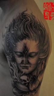男生手臂流行經典的二郎神紋身圖片