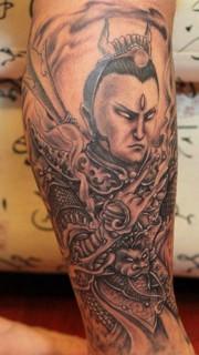纹在小腿的二郎神刺青图案