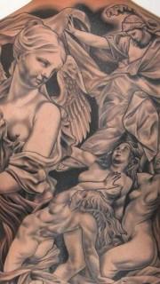 个性的满背天使纹身