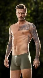 貝克漢姆半裸秀刺青