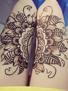 大腿拼接时尚海娜纹身刺青很性感